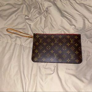 Louis Vuitton Neverfull Wristlet Pochette